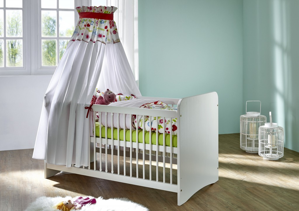 massivholz babybett wei kinderbett gitterbett babyzimmer m bel baby kiefer ebay. Black Bedroom Furniture Sets. Home Design Ideas