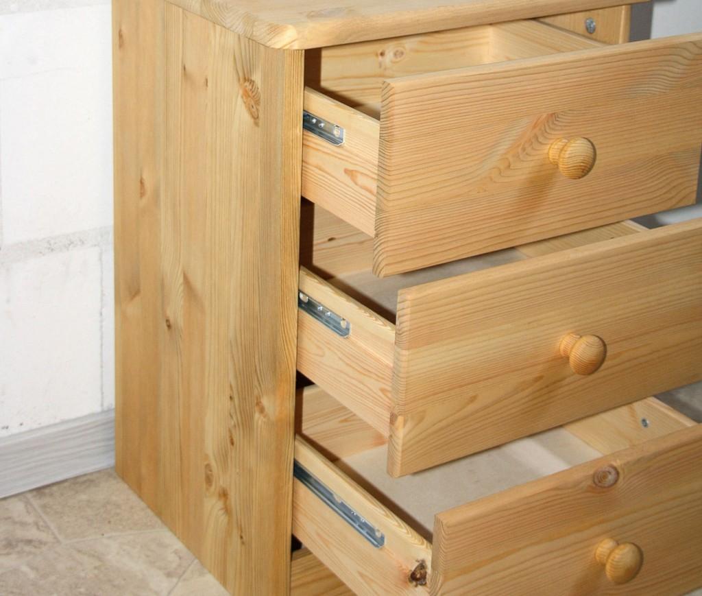 nachtkommode nachttisch kommode nachtschrank kiefer massiv holz gelaugt ge lt ebay. Black Bedroom Furniture Sets. Home Design Ideas
