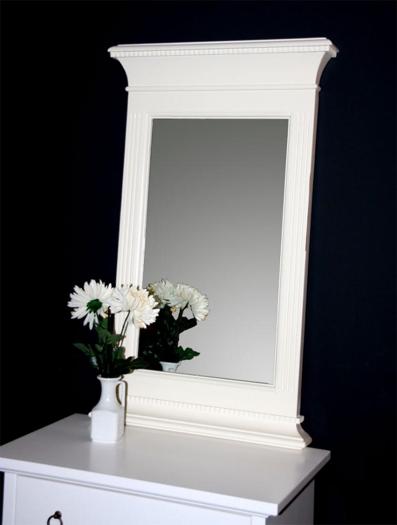 massivholz spiegel mit holzrahmen flur wandspiegel rahmen. Black Bedroom Furniture Sets. Home Design Ideas