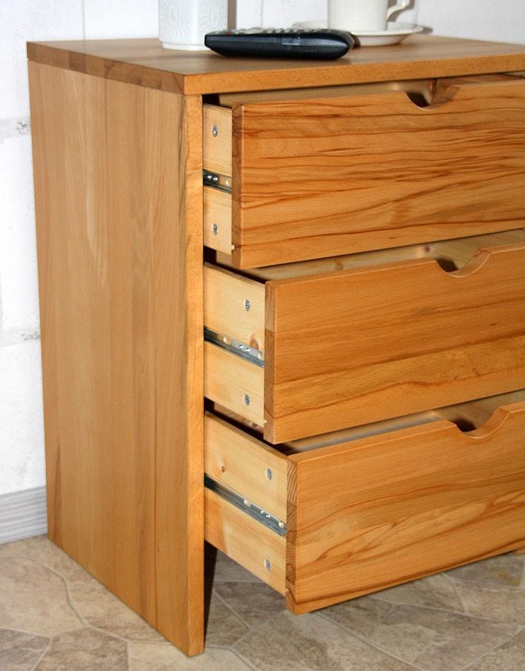 massivholz kommode schubladenkommode holz massiv ge lt. Black Bedroom Furniture Sets. Home Design Ideas