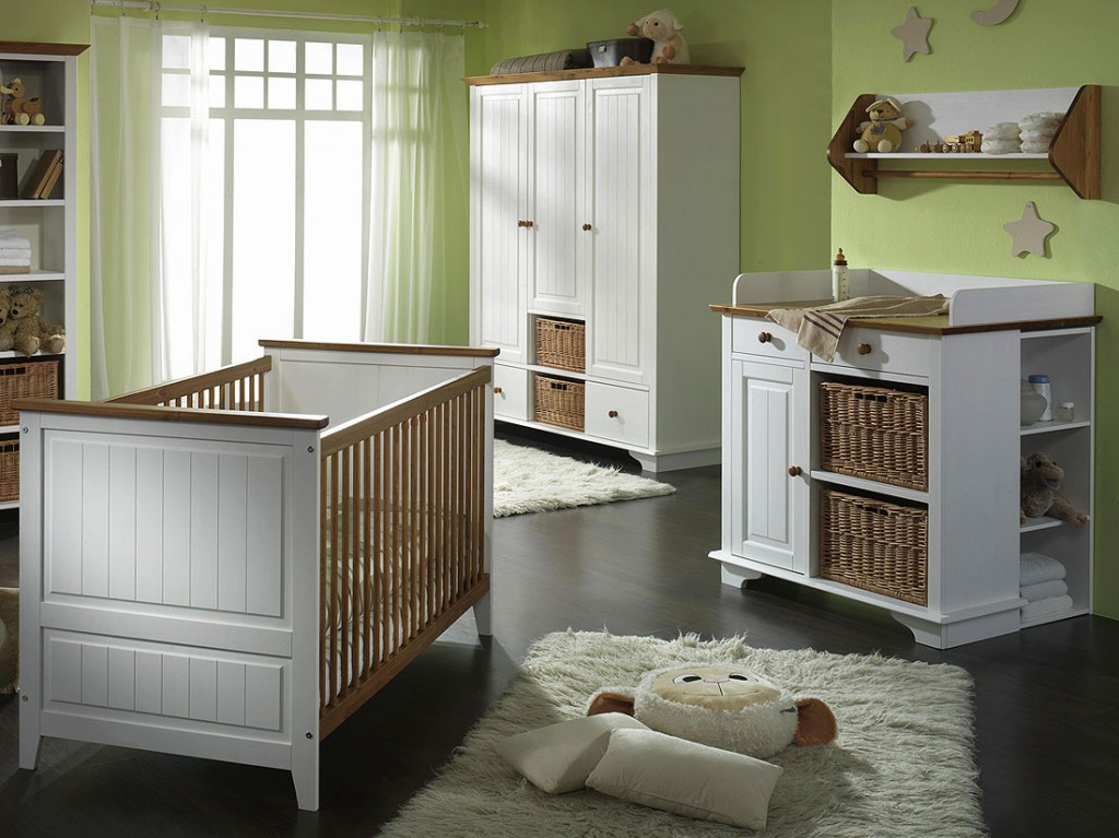 babyzimmer set 4teilig kinderzimmer m bel 2 farbig wei honig kiefer massiv. Black Bedroom Furniture Sets. Home Design Ideas