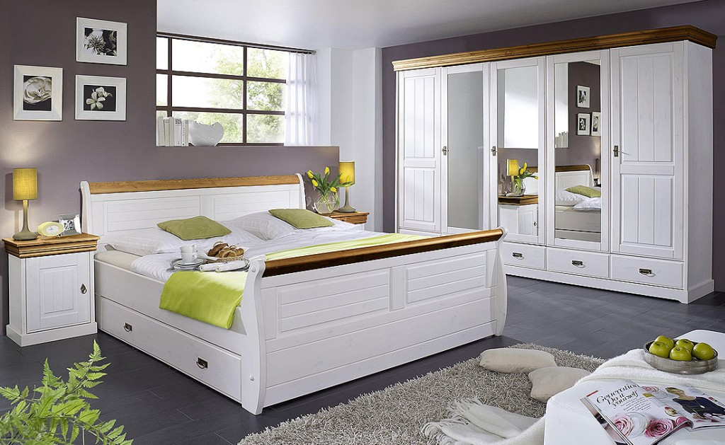 massivholz bett 180x200 holzbett mit bettkasten kiefer. Black Bedroom Furniture Sets. Home Design Ideas