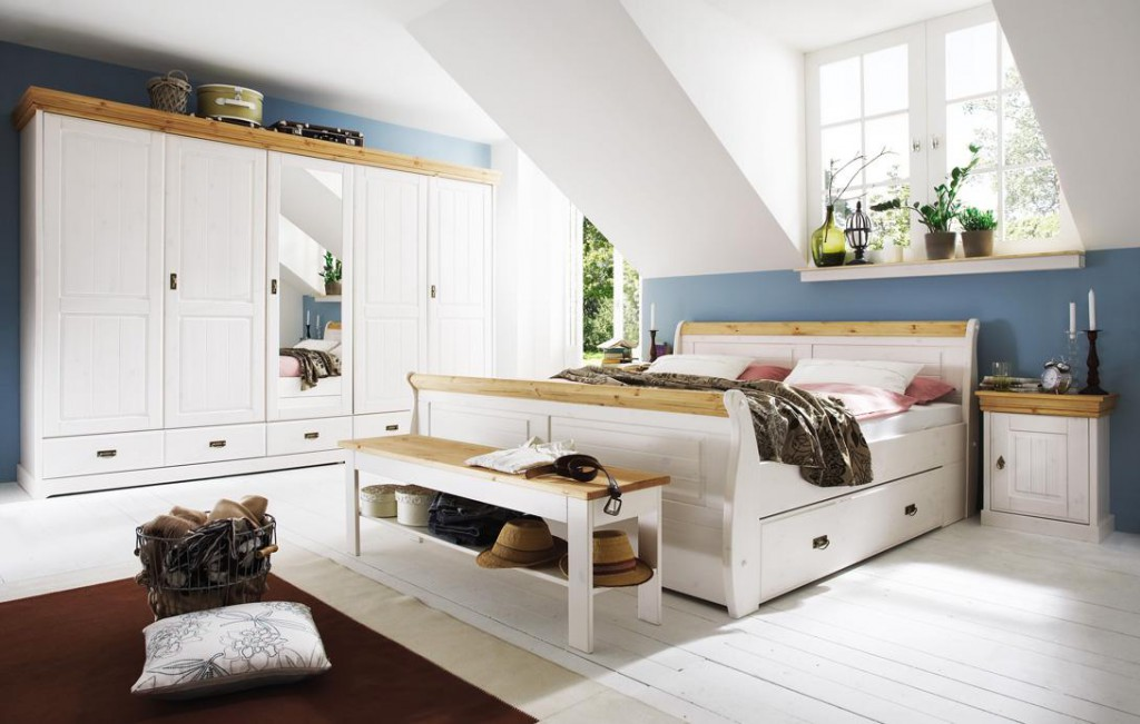 massivholz schlafzimmer set komplett 180x200 kiefer massiv wei gelaugt. Black Bedroom Furniture Sets. Home Design Ideas