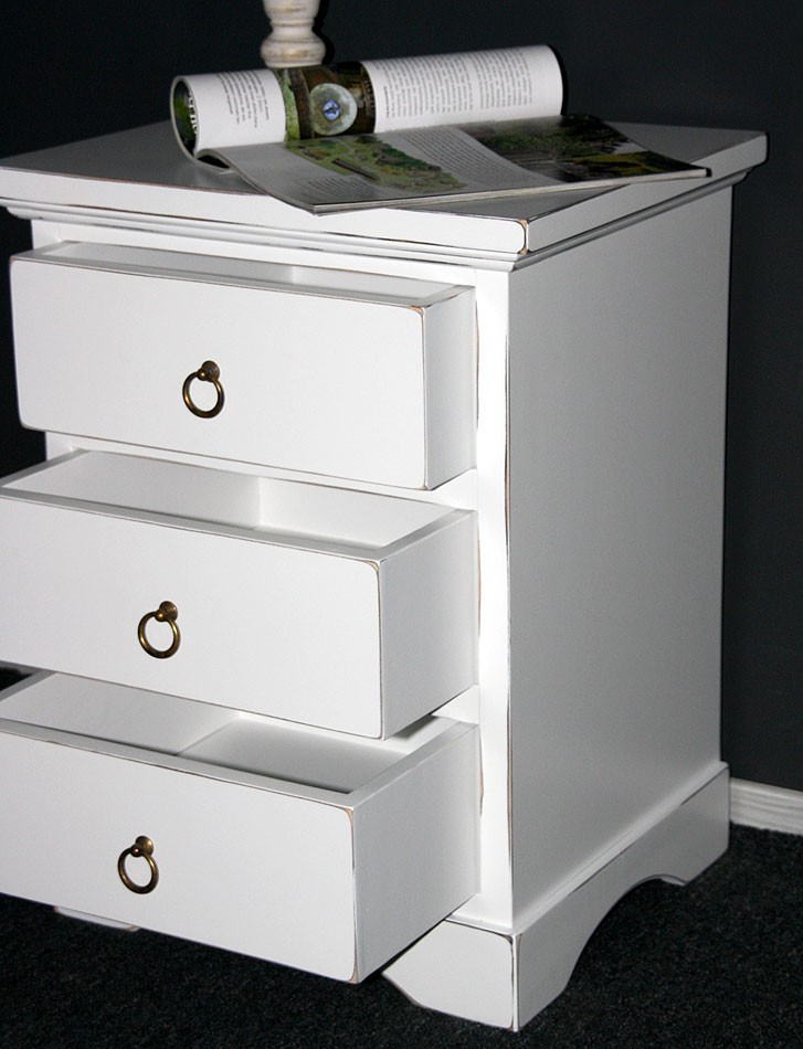 massivholz nachttisch nachtkonsole nachtkommode holz. Black Bedroom Furniture Sets. Home Design Ideas