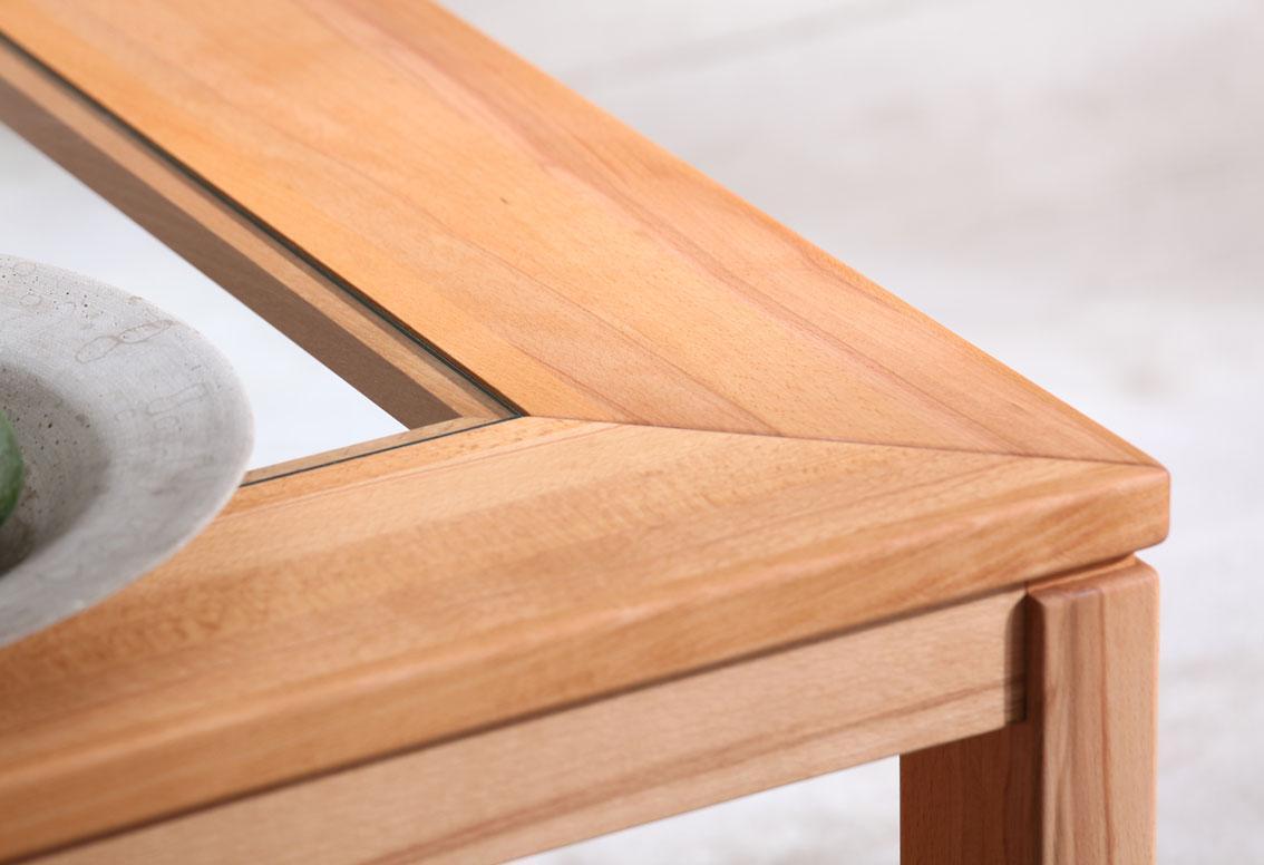 Tischkantendetail Casera rotkernbuche