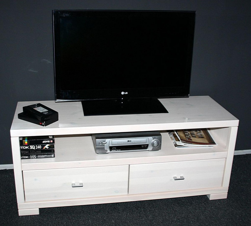 massivholz tv lowboard 120cm tv m bel wei kiefer. Black Bedroom Furniture Sets. Home Design Ideas