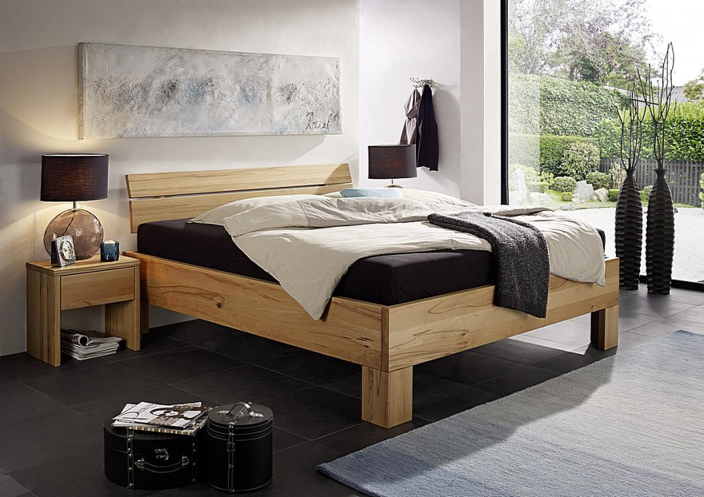 massivholz bett 180x200 doppelbett kernbuche ge lt rahmenst rke 4cm. Black Bedroom Furniture Sets. Home Design Ideas