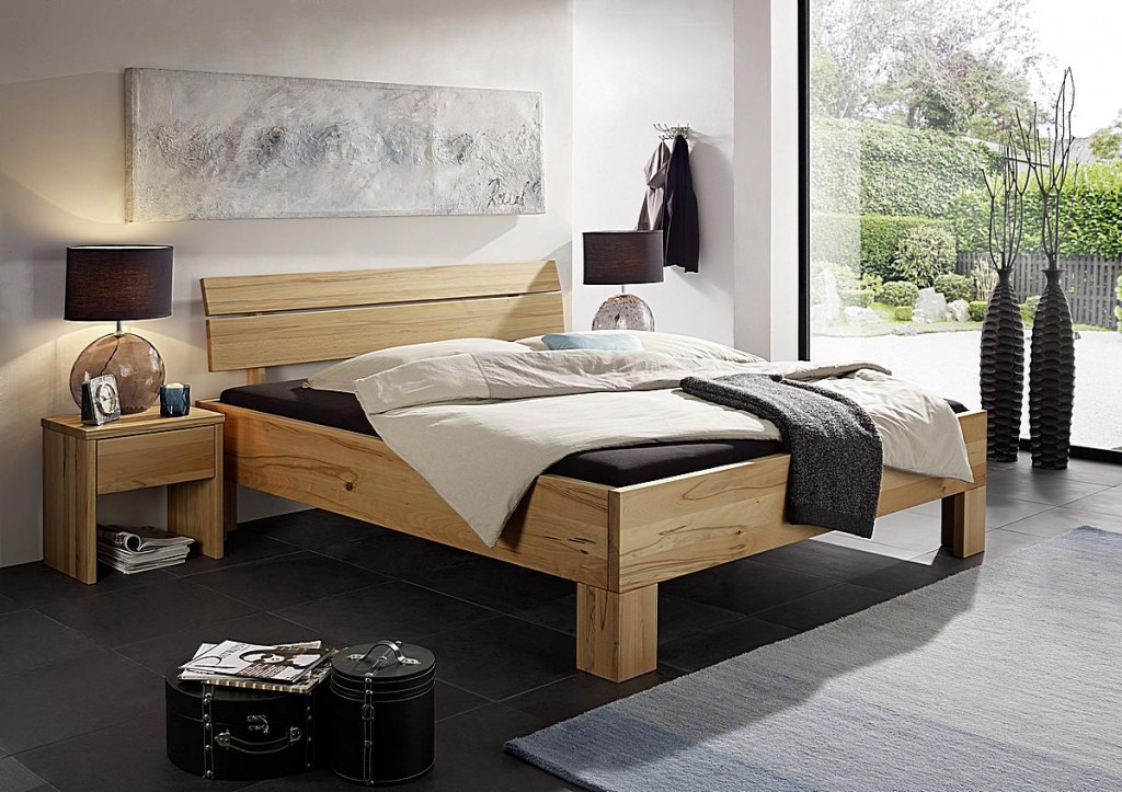 massivholz bett 180x200 doppelbett kernbuche ge lt. Black Bedroom Furniture Sets. Home Design Ideas