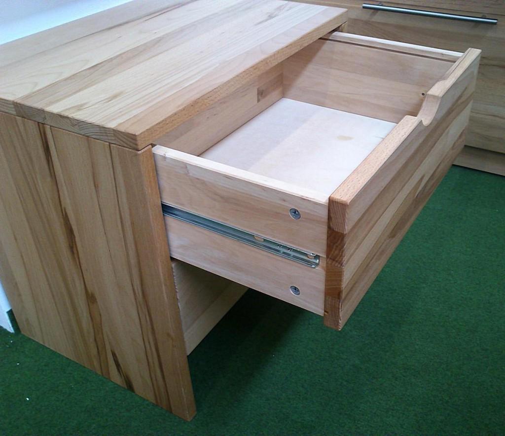 kommode buche massiv gebraucht innenr ume und m bel ideen. Black Bedroom Furniture Sets. Home Design Ideas