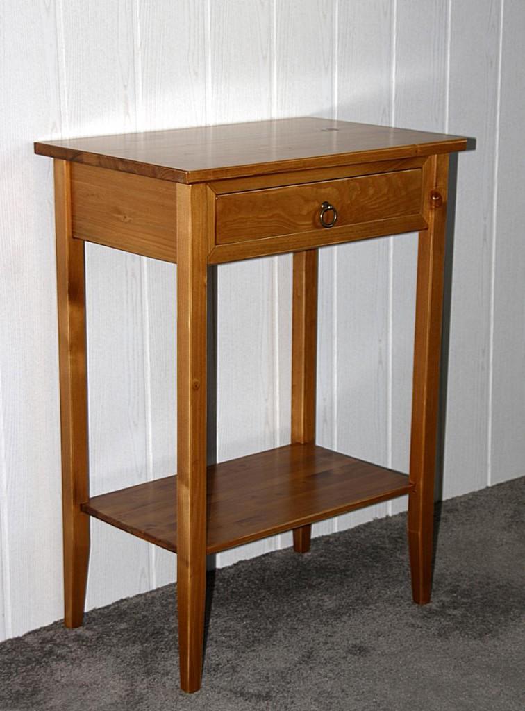 konsolentisch honigfarben lackiert beistelltisch. Black Bedroom Furniture Sets. Home Design Ideas
