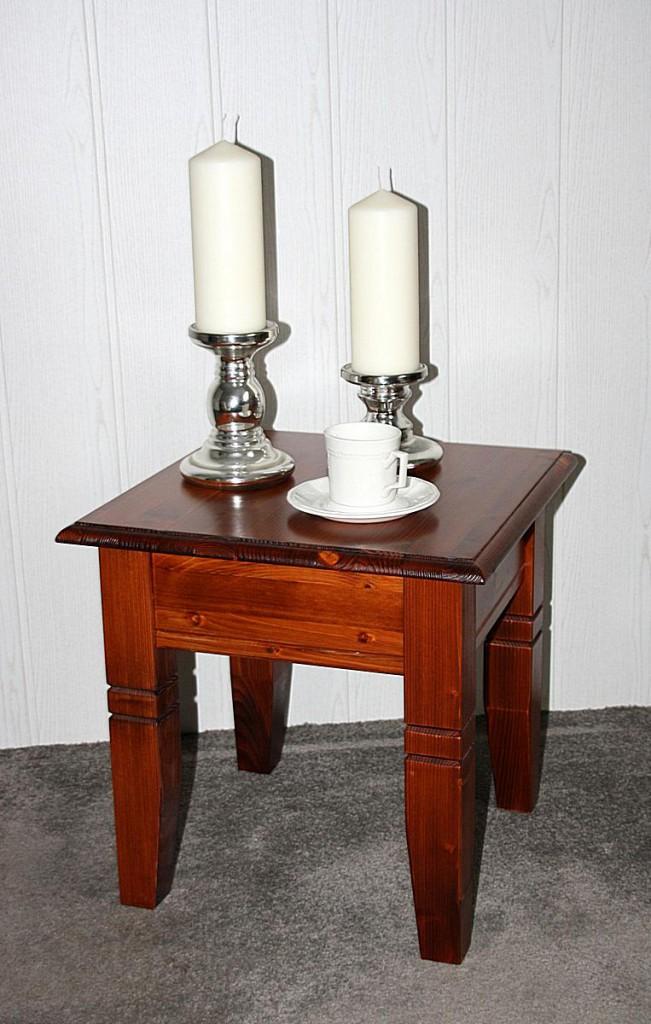 couchtisch quadratisch beistelltisch 45x45cm holz massiv kirschbaumfarben. Black Bedroom Furniture Sets. Home Design Ideas