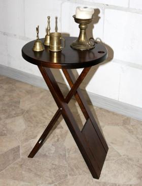 st hle aus massivem holz gefertigt 2. Black Bedroom Furniture Sets. Home Design Ideas