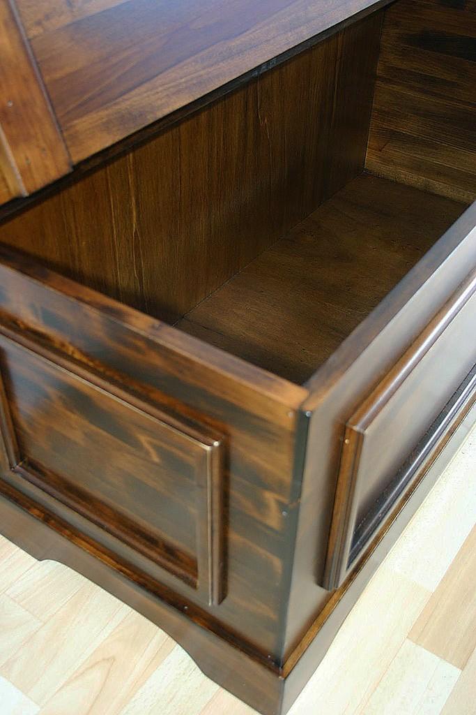 massivholz truhe holztruhe w schetruhe sitztruhe 98x44cm holz massiv kolonial. Black Bedroom Furniture Sets. Home Design Ideas