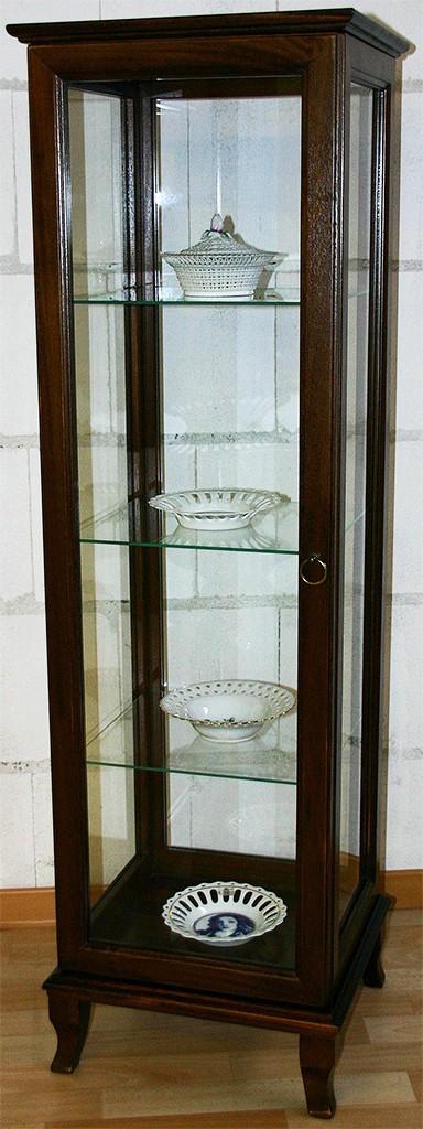 vitrine nussbaum preisvergleiche erfahrungsberichte und. Black Bedroom Furniture Sets. Home Design Ideas