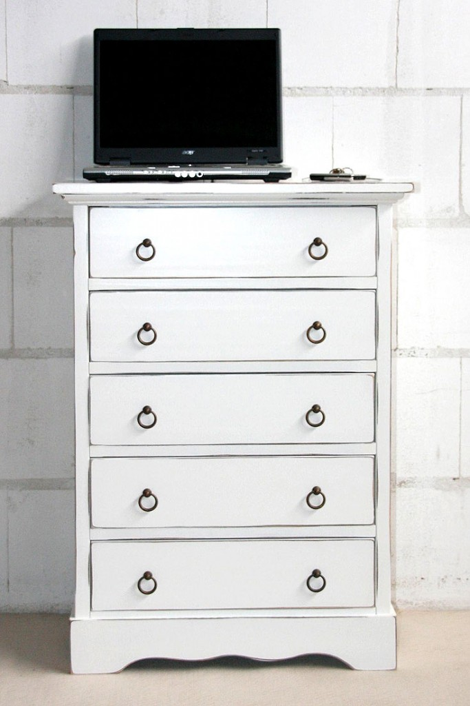 massivholz schubladenkommode wei shabby chic mit 5 schubladen vintage. Black Bedroom Furniture Sets. Home Design Ideas