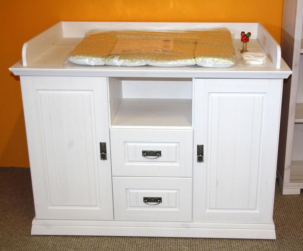 massivholz wickelkommode wei gewachst wickeltisch wickelschrank kiefer massiv. Black Bedroom Furniture Sets. Home Design Ideas