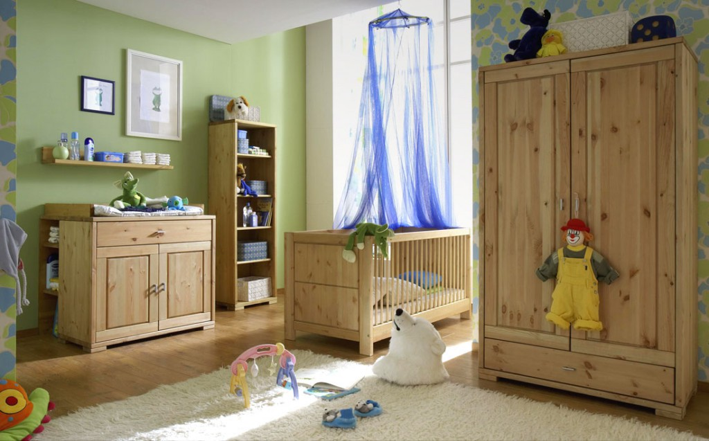 massivholz kinderschrank 2t rig babyschrank kleiderschrank kiefer natur. Black Bedroom Furniture Sets. Home Design Ideas