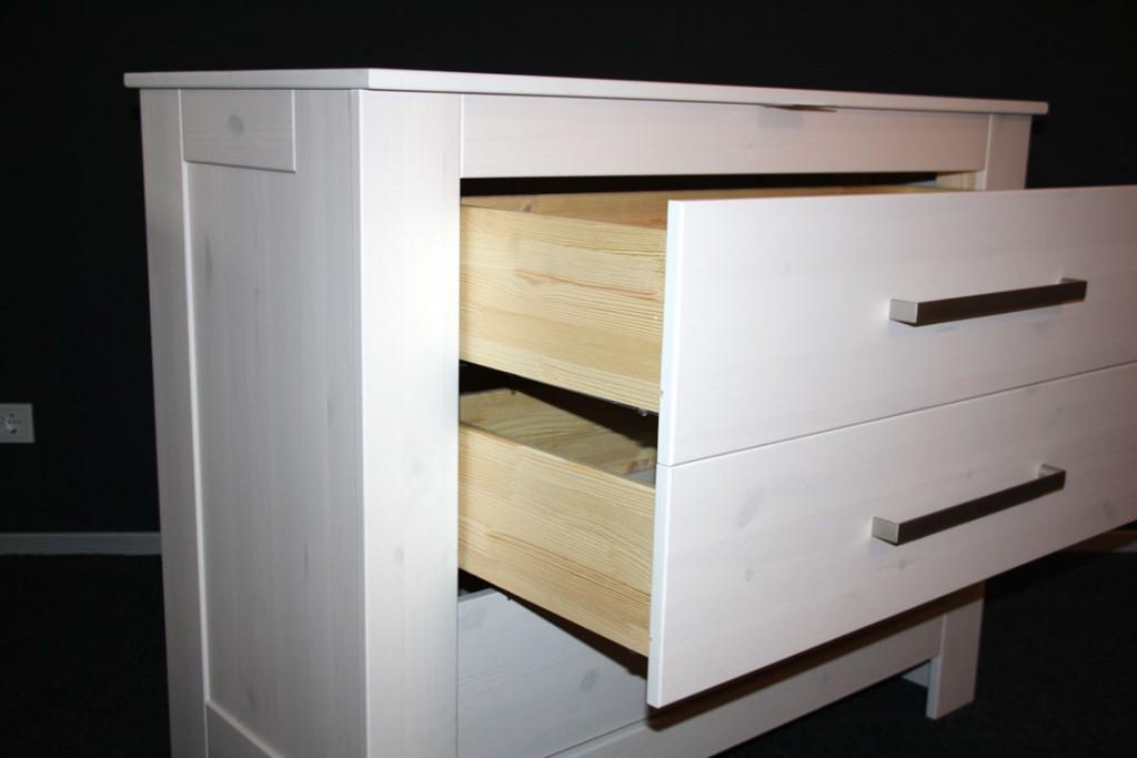massivholz wickelkommode wickeltisch wei kommode kiefer massiv. Black Bedroom Furniture Sets. Home Design Ideas