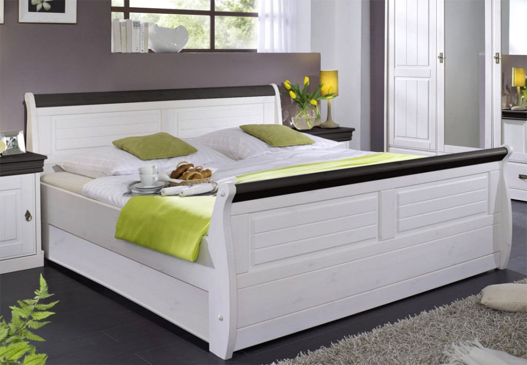 massiv holzbett 140x200 bett doppelbett kiefer massiv holz weiss honig. Black Bedroom Furniture Sets. Home Design Ideas