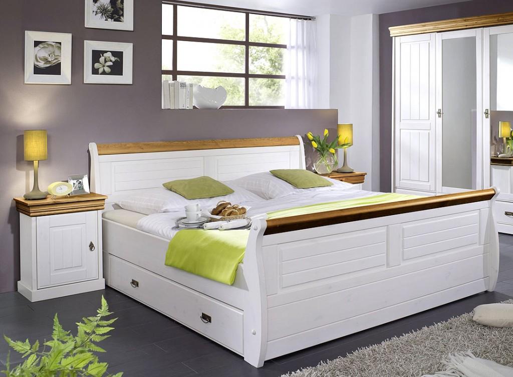 massivholz bett mit bettkasten und nachtisch kiefer massiv wei honig. Black Bedroom Furniture Sets. Home Design Ideas