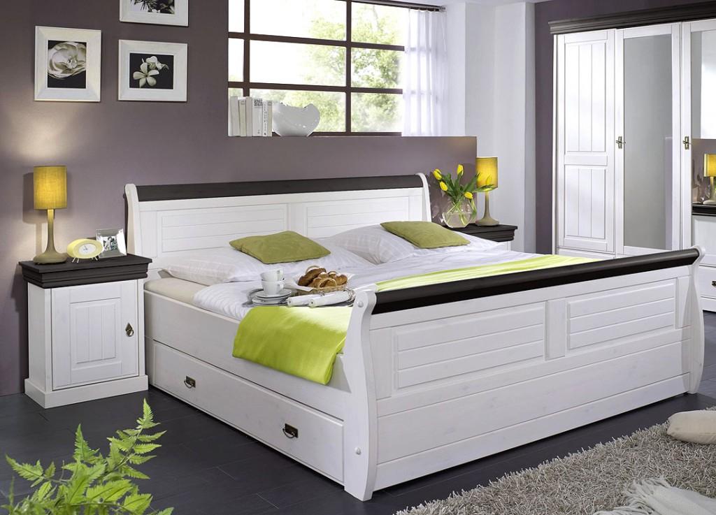massivholz bett mit bettkasten und nachtischen kiefer massiv weiss kolonial. Black Bedroom Furniture Sets. Home Design Ideas
