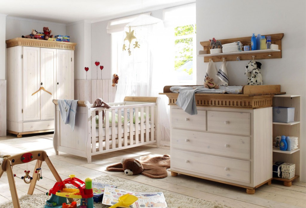 massivholz babyzimmer set komplett paul kiefer massiv holz wei antik. Black Bedroom Furniture Sets. Home Design Ideas