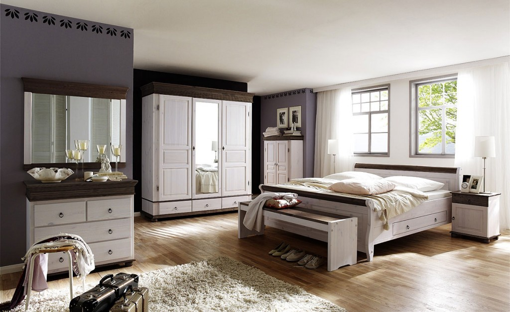 massivholz schlafzimmer set komplett kiefer massiv wei kolonial. Black Bedroom Furniture Sets. Home Design Ideas
