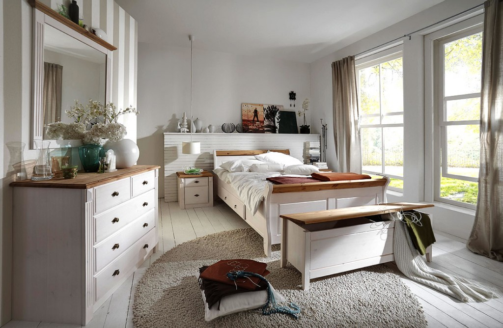 massivholz schlafzimmer komplett set wei gelaugt landhausstil. Black Bedroom Furniture Sets. Home Design Ideas