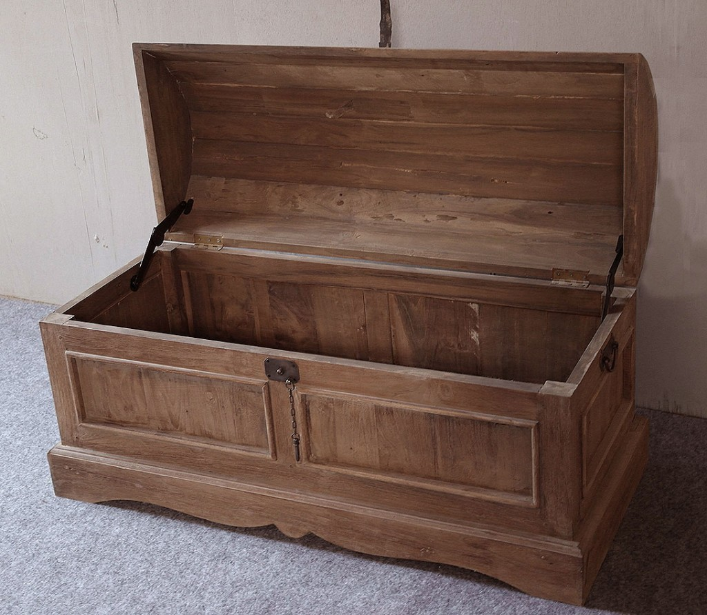 massivholz truhe holztruhe deckeltruhe w schetruhe teak massiv unbehandelt. Black Bedroom Furniture Sets. Home Design Ideas