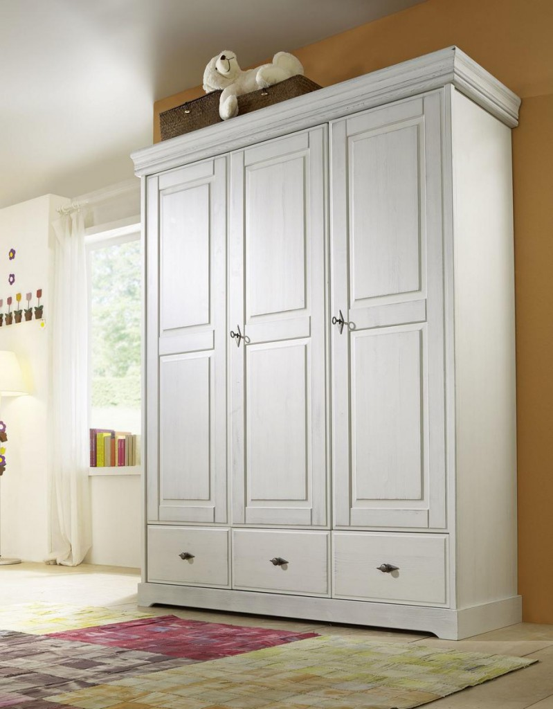 massivholz kinderschrank kinderzimmer kiefer massiv kleiderschrank wei shabby chic 3 t rig. Black Bedroom Furniture Sets. Home Design Ideas